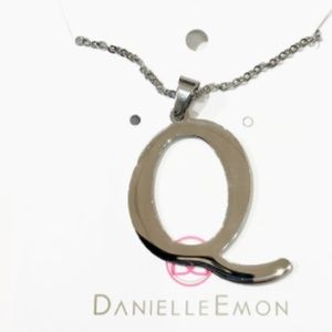 Jewelry - 10 Inch Shiny Stainless Steel initial Q Necklace